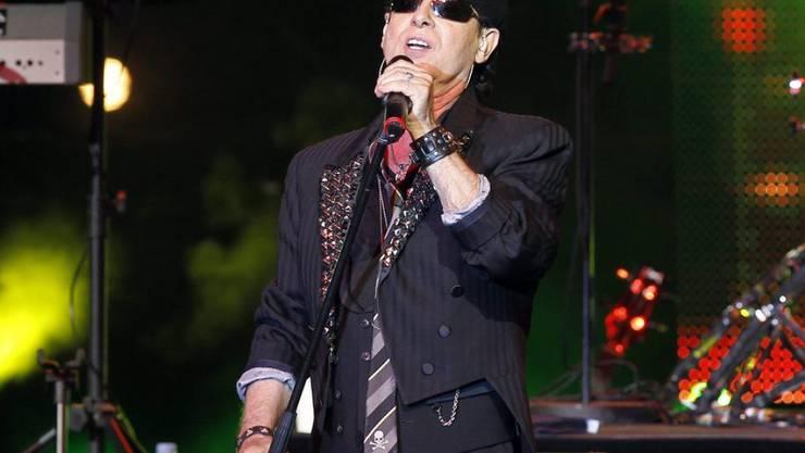 Die Musik und das Publikum halten ihn jung: Scorpions-Sänger Klaus Meine. (Archivbild)