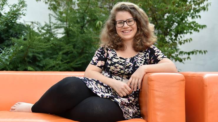 Natalia Kurth auf dem Platz der Begegnung in Olten. Sie bleibt auch nach der abgeschlossenen Lehre in der Stadt wohnhaft.