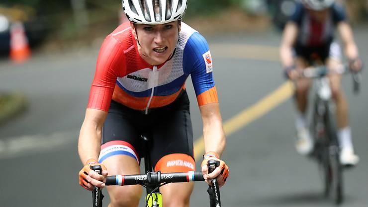 An der Spitze liegend gestürzt: Annemiek van Vleuten verletzte sich in der Schlussphase des olympischen Strassenrennens bei einem fürchterlichen Sturz kurz vor dem Ende