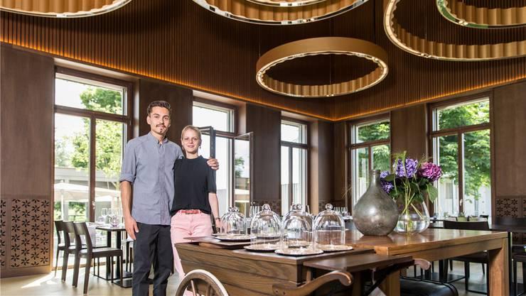 Freuen sich über die nächste Auszeichnung: Das Wirtepaar Alexandra von Allmen und Manuel Steigmeier. Archiv