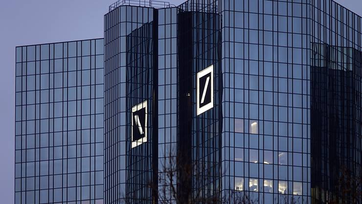 Die Deutsche Bank hat im ersten Quartal unter dem Strich den Gewinn von 120 auf 201 Millionen Euro gesteigert. (Archiv)