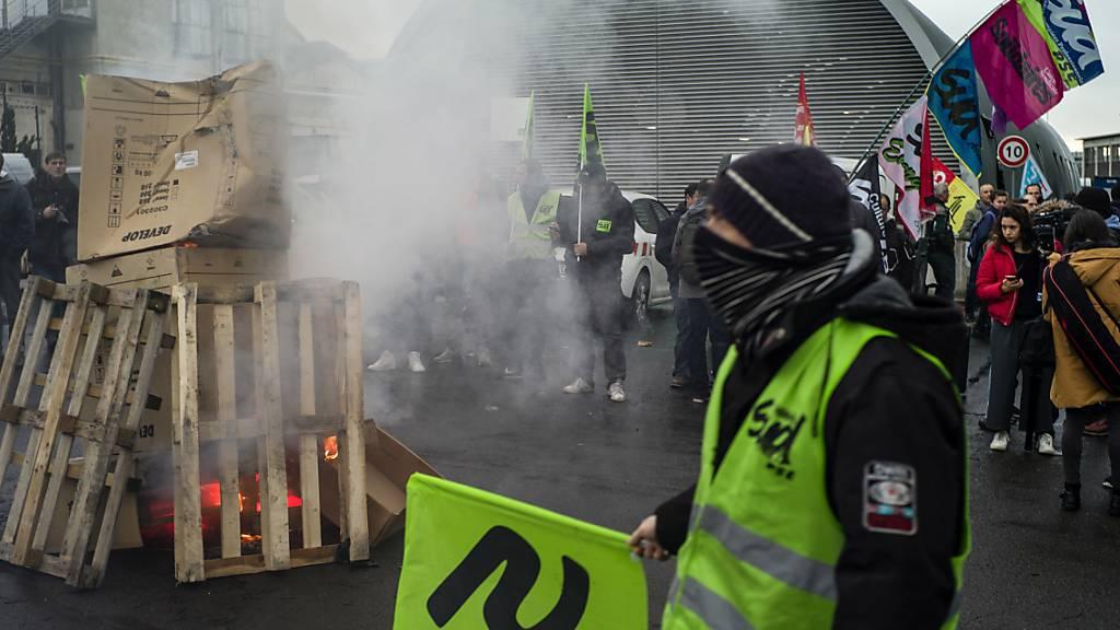 Wieder Streiks und Proteste gegen Rentenreform in Frankreich