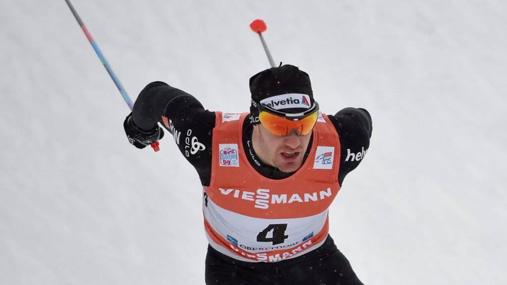Dario Cologna rückte im Gesamtklassement der Tour de Ski auf Platz 3 vor