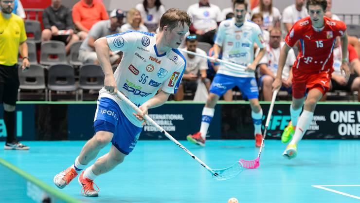 Der Finne Krister Savonen, der momentan der nominell beste Unihockey-Verteidiger der Welt ist.