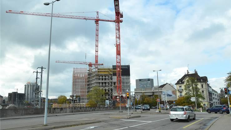 Fünf Geschosse sind bereits fertiggestellt. Mit dem Bau wurde vor einem Jahr begonnen.