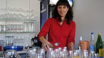 Wirtin Irène Hofmann-Weber hatte am Eröffnungstag ihres neuen Restaurants Steinbock in Stein alle Hände voll zu tun.