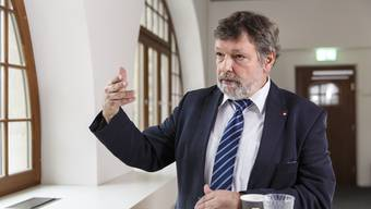Finanzdirektor Roland Heim kann sich über einen satten Überschuss in der Staatsrechnung freuen.