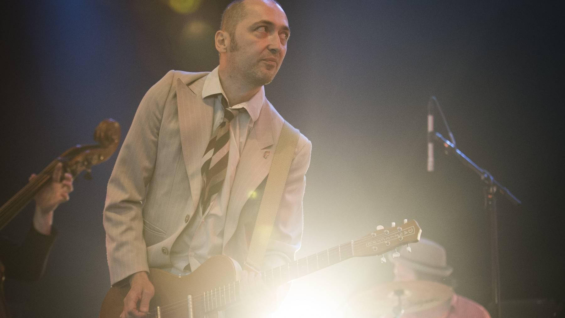 Jack Stoiker und seine Band Knöppel haben den besten Schweizer Rocksong aller Zeiten in ihrem Repertoire