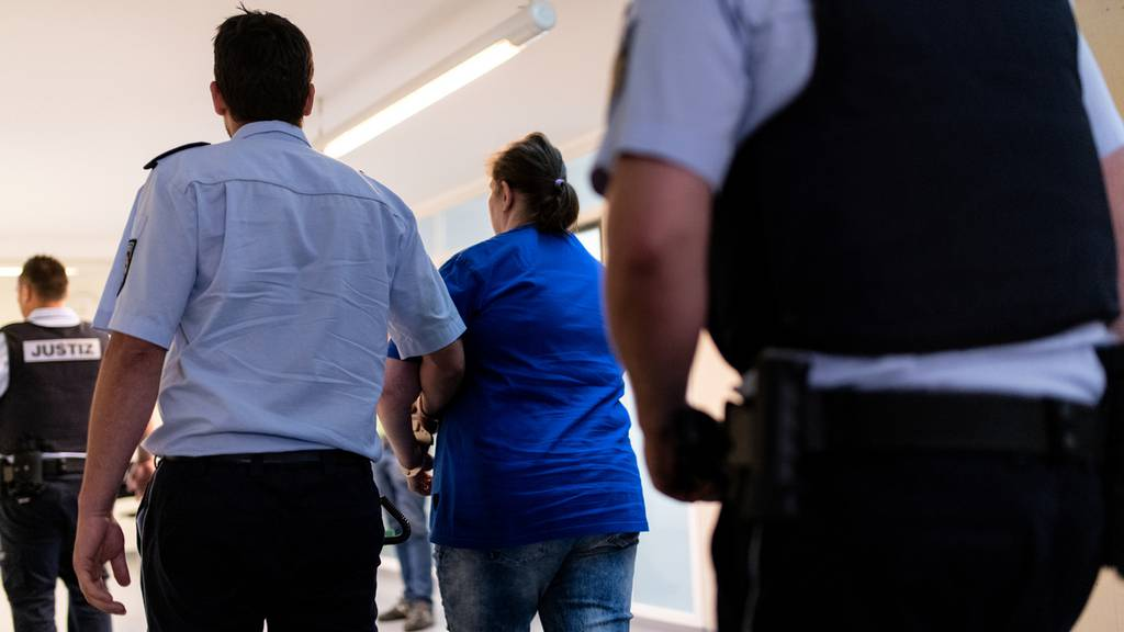 Zwölfeinhalb Jahre Haft für Mutter im Freiburger Missbrauchsfall