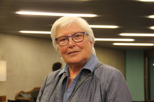 «Ende der 50er-Jahre arbeitete ich mit Margrit Fuchs zusammen und habe später ihren Wegzug mitverfolgt. Ich finde das Hilfswerk eine super Idee. Bei Geldsammelaktionen helfe ich nun jeweils am Telefon mit.»