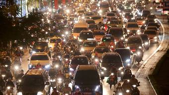 Generelles Verkehrschaos: In Vietnam starben am Sonntag 11 Menschen bei einem Unfall. (Archivbild)