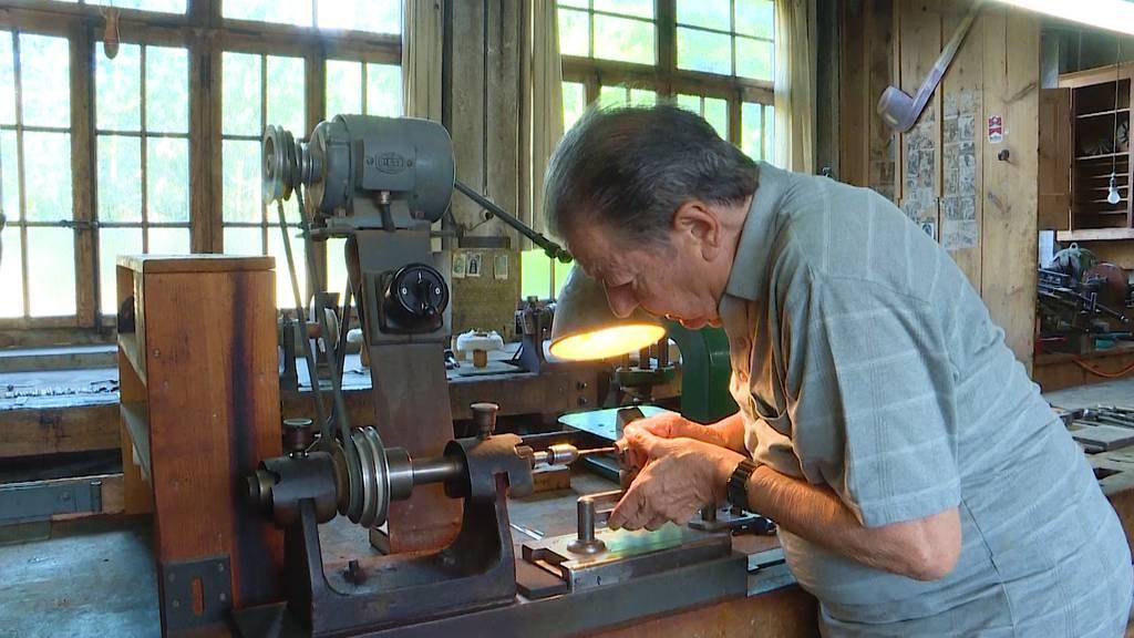 Bruno Tschan ist der letzte Pfeifenbauer der Schweiz