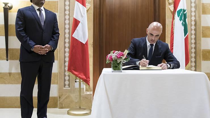 Will eine würdevolle Rückkehr der Flüchtlinge nach Syrien: Bundespräsident Alain Berset mit dem libanesischen Premierminister Saad Hariri (links) in Beirut.