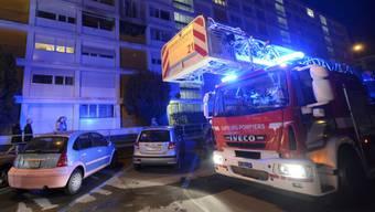 Ein Dutzend Fahrzeuge und 25 Feuerwehrleute standen im Einsatz.