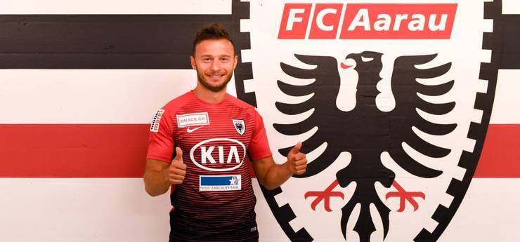 Elsad Zverotic (31/Verteidiger/vom FC Sion)