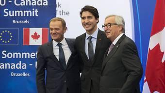 Die EU hat mit Kanada das Freihandelsabkommen CETA unterzeichnet. (Kanada-EU-Summit in Brüssel am Sonntag)