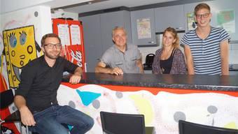 Projektleiter Lorenz Schmidlin (links) mit dem Bremgarter Team (von links): Franz Abächerli, Nathalie Warden, Jonas Hasenfratz. sl