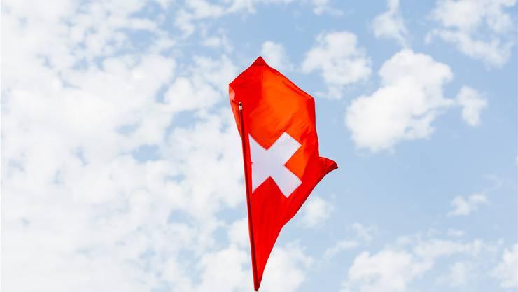 «Swissness» ist in Mode. Die Solothurner Regierung möchte die Schulen aber trotzdem nicht verpflichten, regelmässig die Nationalhymne zu singen.Severin Bigler