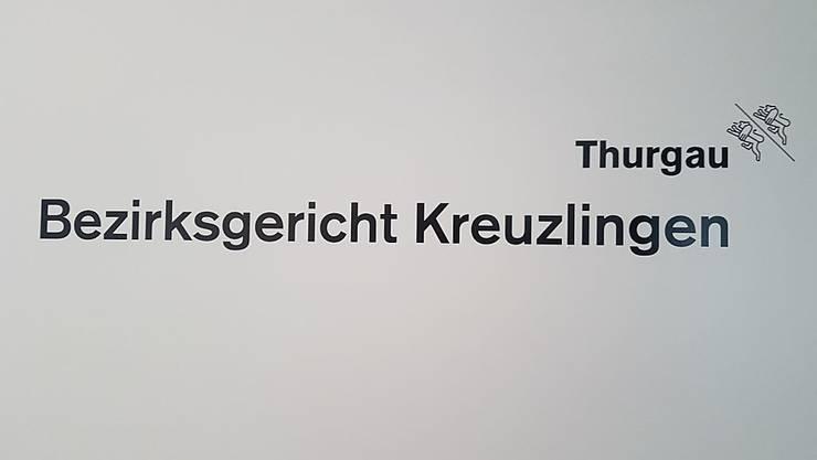 Das Bezirksgericht Kreuzlingen verhängte gegen den 62-Jährigen eine lebenslängliche Freiheitsstrafe mit anschliessender Verwahrung.