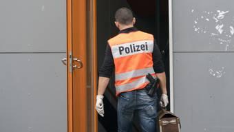 Die Zürcher Staatsanwaltschaft und die Kantonspolizei Zürich nahmen heute mehrere Personen aus dem Umfeld der An'Nur-Moschee fest.
