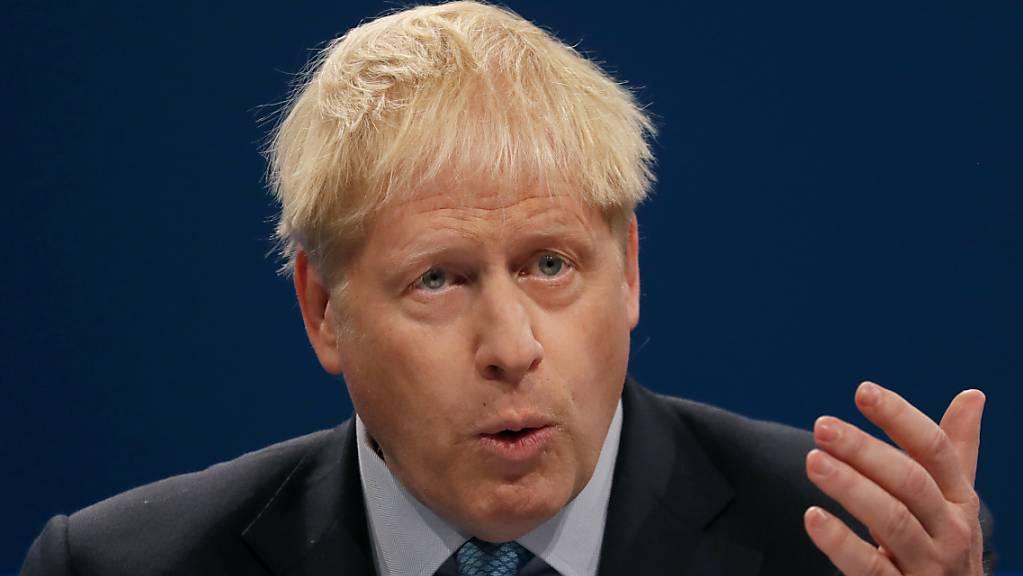 Keine Empfehlung als Demokrat: der britische Premier will das Parlament schon wieder von seiner Arbeit abhalten.