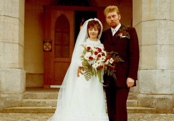 Das wunderschöne Brautpaar Ruth & Jiri Prokop haben sich am 24. Oktober 1970 das Ja-Wort  in der Kirche Villmergen gegeben!