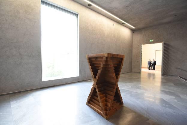 Die Ausstellung Im Neubau Des Kunstmuseums Zeigt Dreidimensionale Kunst Von  1946 Bis Heute.