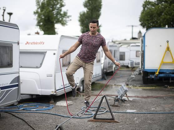 Hochseilartist Diego Balbin beim Training. Der Zirkus steht vor einer ungewissen Zukunft.