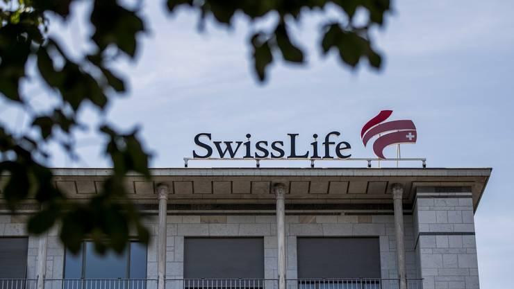 Ein Gebäude von Swiss Life am General-Guisan-Quai in Zürich.