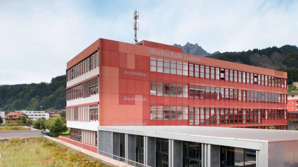 Kantonsrat lagert Bauprojekt an AG aus