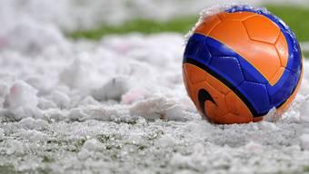 Es wird eisig im Stade de Suisse in Bern, doch Schnee wird nicht auf dem Rasen liegen, das Stadion hat eine Bodenheizung. (Themenbild)