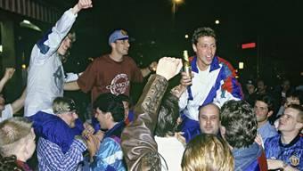 Am 3. Mai 1994 feierten die FCB-Spieler den Aufstieg in die höchste Liga.