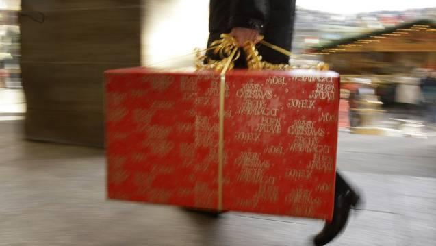 So gross wie auf dem Bild werden die Geschenke für die Asylsuchenden natürlich nicht. (Symbolbild)