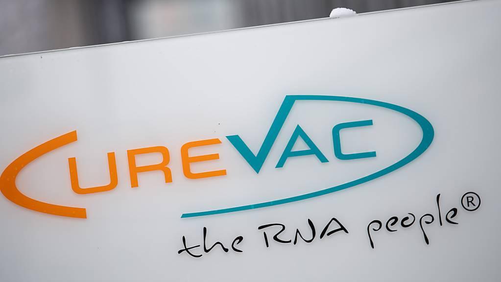 Das Biotech-Unternehmen Curevac aus Tübingen erwartet eine Zulassung für ihren Impfstoff durch die EMA.