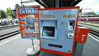 Neues Modell: Ein Gerät steht am Solothurner RBS-Bahnhof.