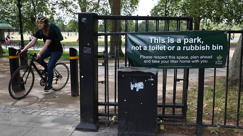 Vielen Briten stinkt es – Klo-Probleme in Grossbritannien