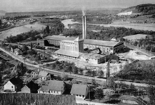 Die neue Portland-Cement-Fabrik Holderbank 1912. Schon zwei Jahre später folgte die Fusion mit Ernst Schmidheiny.