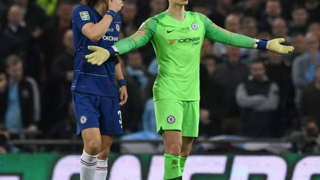 Chelseas Keeper Kepa Arrizabalaga sprach von einem Missverständnis, nachdem er sich im Ligacup-Final gegen Manchester City kurz vor Ende der Verlängerung nicht hatte auswechseln lassen wollen