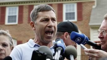 Ruslan Zarni, der Onkel der beiden mutmasslichen Boston-Bomber, glaubt, ein islamistischer Einflüsterer sei Schuld an der Wandlung seiner Neffen.
