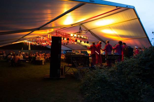 Viel Musik und Action gab es in den verschiedenen Zelten.