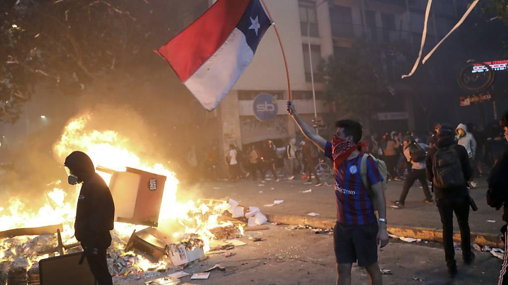 Neue Proteste in Chile trotz Regierungsumbildung