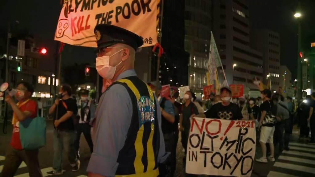 «Globales Verbrechen an Japan»: Vereinzelte Proteste rund um Olympia-Eröffnungsfeier