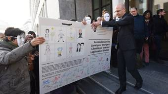 Seit langem fordern Unterstützer bessere Bedingungen für Sans-Papiers.
