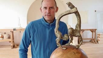 Bildhauer Thomas Lüscher wohnt in der ehemaligen methodistischen Kirche Staffelbach.