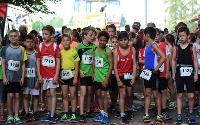 In fast 40 verschiedenen Kategorien starteten Läuferinnen und Läufer.
