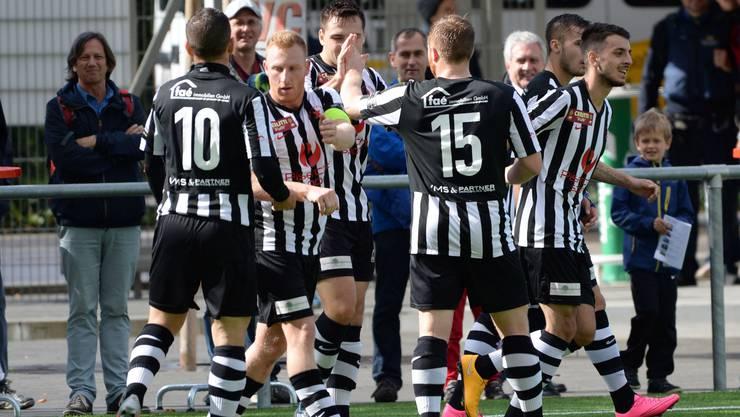 Der FC Black Stars gewinnt im Berner Oberland überzeugend mit 3:1 (1:0).