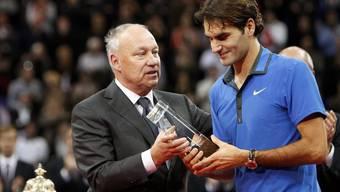 Roger Brennwald und Roger Federer an den Swiss Indoors 2012