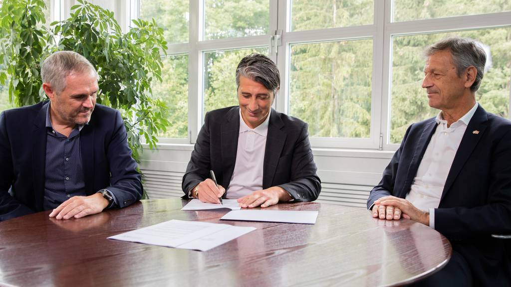 Jetzt ist es offiziell: Murat Yakin wird Schweizer Nati-Trainer