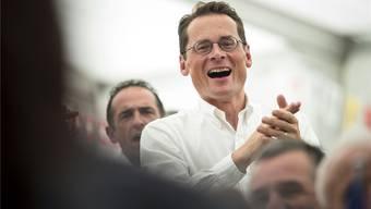 Fand die Verfluchungsaktion nicht zum Lachen: Roger Köppel ist nun von der EDU gesegnet worden. (Symbolbild)
