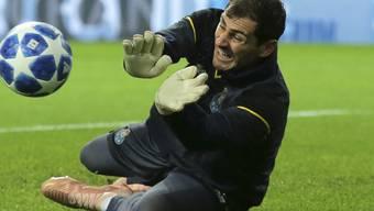 Iker Casillas steht wieder auf dem Fussballplatz